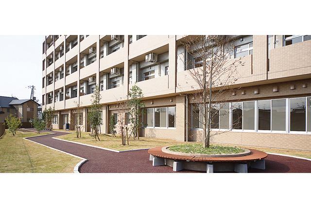 介護付有料老人ホームでの介護業務、パートのお仕事|松山市東垣生町