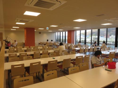 病院職員食堂の調理補助、パート・バイトのお仕事|松山市文京町